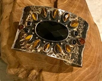 Beautiful Artisan Hammered Sterling Silver Black Onyx Tigers Eye Amber Sun Vintage Cuff Bracelet