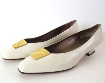 Vintage Bally of Switzerland Signature White Heels // 8 B