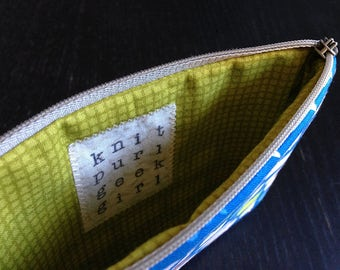 Zipper Pouch - Talkies, Blue (TB0408)