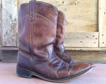 Vintage distressed Men's 8.5 EW Justin Roper boots, brown leather round toe cowboy boot, boho rockabilly motorcycle boot, Men's Western boot