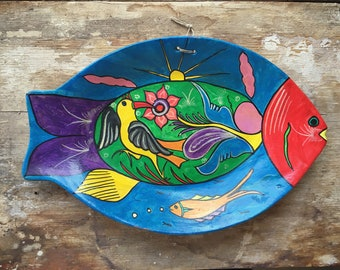 Vintage Mexican folk art fish shaped platter for wall, storyteller Mexican pottery, fish plate, wall decor, wall hanging, ceramic fish art