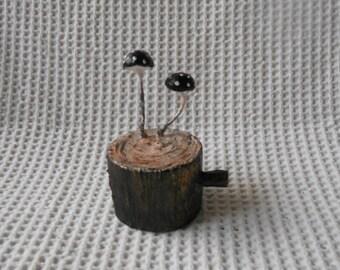 Mushroom Sculpture Tree Stump Mushroom Dark Spotted Toadstool Gothic Art Piece Red Mushroom