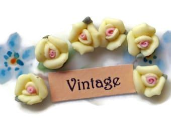 Vintage Flower Cabochons,Porcelain roses yellow roses, Lot Roses Rose Buds Flowers Floral Yellow roses #204V