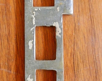 One (1) L or R lg cast brass door strike plate antique vintage