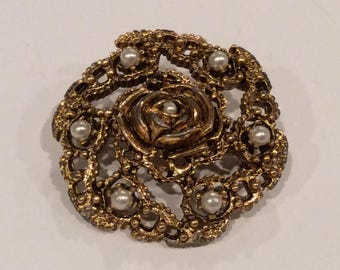 Vintage Round Gold tone with rose center and Tiny Pearls Brooch, circle pin, Gold Filigree with Rose and Small Pearls