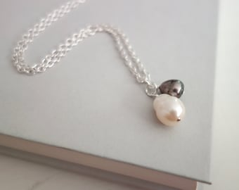 Pearl pendant necklace minimalist chain necklace freshwater pearl pendants white grey pearls