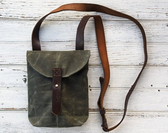 Waxed Canvas Small Hunter Satchel in Moss, Waxed Canvas Crossbody Bag, Waxed Canvas Bag, Purse, Travel Bag, Crossbody Bag, For Her, Tote
