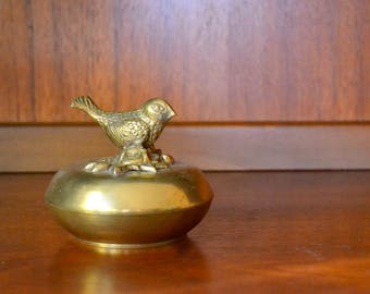 vintage brass bird trinket box / vintage jewelry box / springtime home decor / mothers day / mom