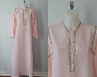 Vintage Nightgown, 1970s Nightgown, Character, Pink Nightgown, Vintage Pink Nightgown, Long Sleeved Nightgown, Vintage Lingerie