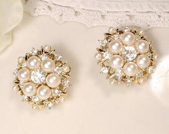 Vintage Designer KRAMER Gold Pearl & Rhinestone Bridal Earrings OR Hair Pins, 1950s Vintage Wedding Lacy Clip On Stud or Hair Accessories