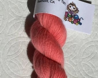 Pink recycled pure cashmere yarn