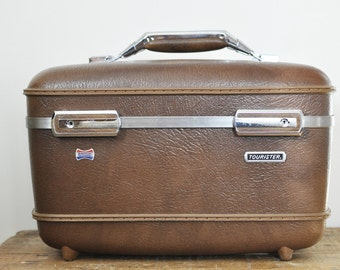 Vintage American Tourister Milk Chocolate Brown Train Case Retro Luggage Traincase Makeup Toiletry Cases