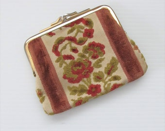 Vintage 1970's Brown Floral Tapestry Pouch Purse / Small Clutch
