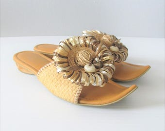 Vintage 1960's Beach Island Sandals / Straw Ethnic Unique Open Toe Size 6 Woman's Shoes