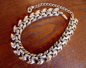 CHOKER Necklace. LINK NECKLACE. Industrial. Mid Century. Stunning Shiny. Goldtone Links. vintage. 1950s. 1960s