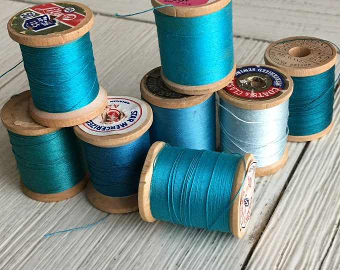 Vintage Wooden Spools Turquoise Aqua Teal Blue Thread Lot