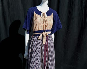 Vintage 40's novelty print rayon home made dress size M WWII by thekaliman