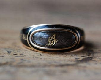 Antique Georgian champleve enamel and hairwork mourning ring ∙ Huguenot family mourning ring, 1810s