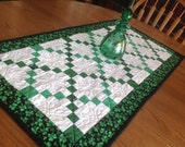 Shamrock Irish Chains 19x38 quilted table runner