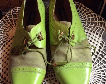 Vintage 1980s 1990s Shoes Men's Lime Green Leather & Suede Maker Giorgio Brutini Wood Stacked Heels Tassel Shoestrings Laces