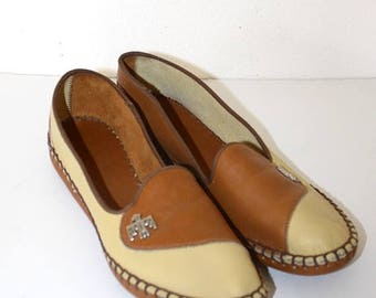 40% OFF SALE 1950s Leather Moccasins . Vintage 50s Almond & Brown Slip On Moccasin Shoes . Leather Sole . Thunderbird Emblem Size 7 1/2 USA
