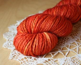 Hand Dyed Bulky Merino Yarn / Rich Tomato Red Orange Paprika / Superwash Merino Wool / Ready to Ship