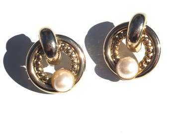 pearl 90s stud earrings vintage gold dome baroque style inspired jewelry present gift