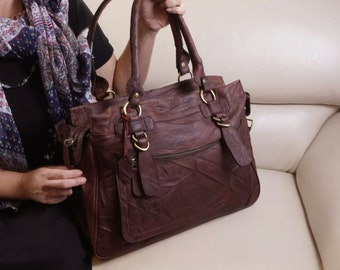 Rina Extra Large. Leather handbag tote handbag cross-body bag in vintage brown fits a 17 inches laptop