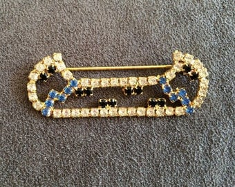 Canoe Pin Rhinestone Canoe White Blue and Black Rhinestones in Shape of Canoe Vintage Jewelry Canoe Collectible Hat Pin Hat Accent Canoe