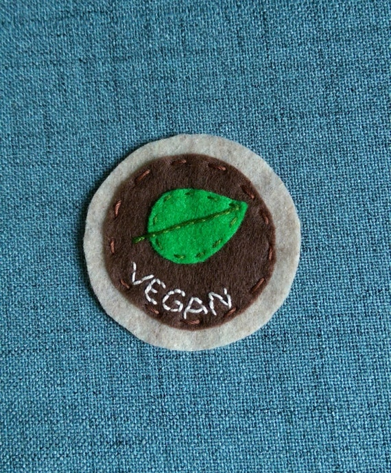 Vegan felt patch // hand-embroidered