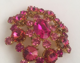 Made in Austria Deep Pink Brooch Two Tone Faceted Rhinestone Starburst Flower Gold Domed Medallion Pin 50s 60s Costume Jewelry