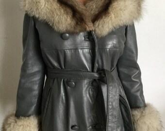 Amazing Vintage 60s Grey Leather Mod Belted Coat w/Fur trim