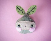 RESERVED for Chloe - DO NOT purchase if not for you!! - 'Kefir' the Bulb wool felt brooch - plant vegetable accessory