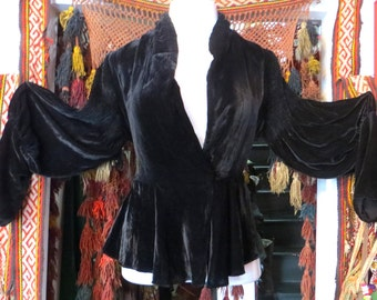 Stunning L 20s/30s Black Silk Velvet Jacket, Rolled Collar and Shirred Leg of Mutton Sleeves