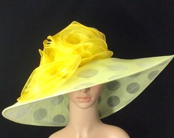 Pale Yellow Kentucky Derby Hat ,Organza Hat ,Derby Hat,Dress Hat ,Bridal Wedding Hat,Tea Party Hat Ascot