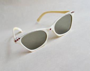 1950s White & red rhinestone cat eye sunglasses / 50s Italian plastic sunglasses
