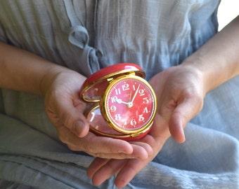 Linden travel alarm clock Japan raspberry red gold metal vintage mechanical collectible alarm clock old clock retro wind up alarm clock gift