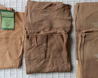 5 pair New Old Stock 100% Cotton Stockings Hosiery Size 9 - 10.1/2  NOS  Lot 4  OJ2