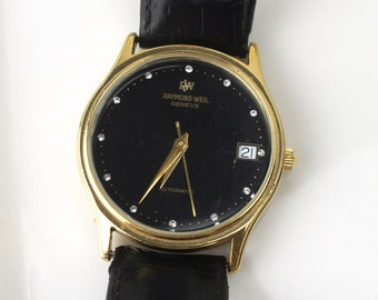 Vintage Raymond Weil Geneve Gold Plated Men's or Unisex Watch, Automatic, Mechanical, Round Black Face Plate Black Leather Band 510019