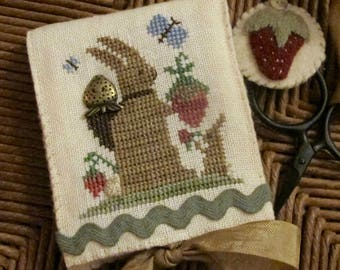 Berry Tyme Needle Case ~ Cross Stitch Pattern