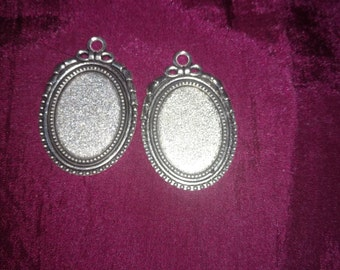 2pcs of Antique Tibetan silver Oval Cabochon Base Settings pendants Match 18x25mm Cabochon