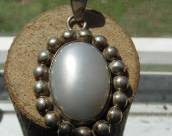 Beautiful Sterling Silver Large Southwestern Style Women's Pendant with Large Silver Pearl Stone Authentic Mexico Crafted