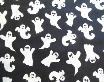Fat Quarter - Ghosts
