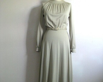 Vintage 1970s Dress Cirette Pistachio Poly Jersey 70s Dress w-Belt Small Size 7