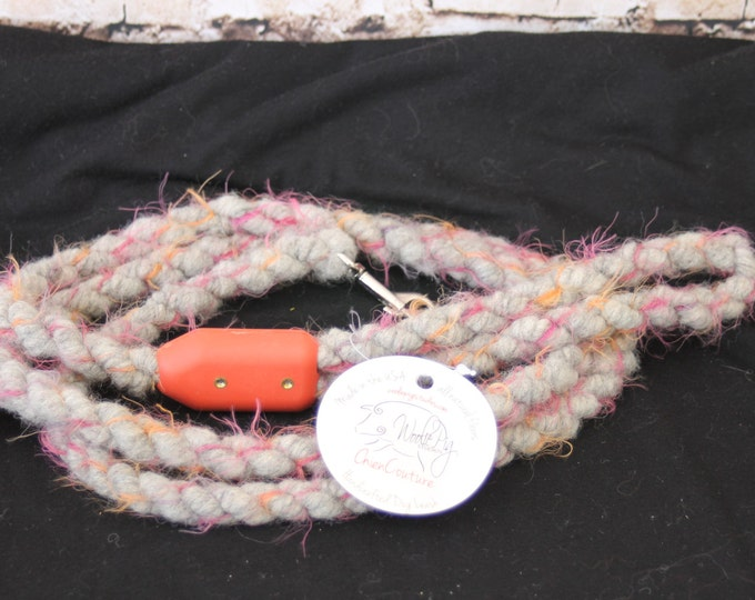 Dog Leash- Handcrafted- Alpaca-Wool and other natural Fibers - DLS-03