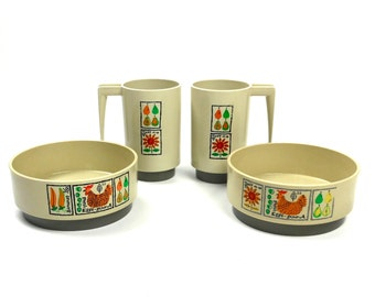 Plastic Breakfast Set 2 Mugs Bowls Loma Ind. Texas 1960s Retro Kitchen