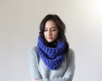 End of season SALE chunky cowl infinity snood scarf // The Montpellier - COBALT
