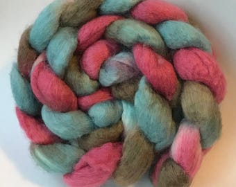Blue faced leicester silk spinning top Strange Tide, roving, BFL
