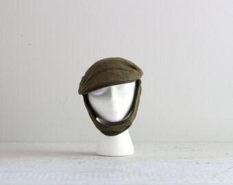 SALE . Vintage Trapper Hat . Plaid Newsboy Cap . Mens Wool Hat