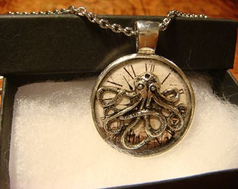 Silver Octopus Clock Steampunk Pendant Necklace (2408)